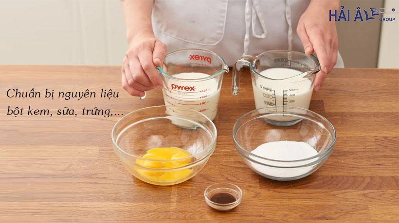 Làm kem đơn giản với máy làm kem